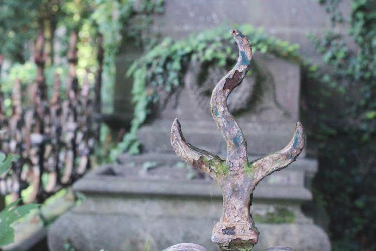 cimetery01