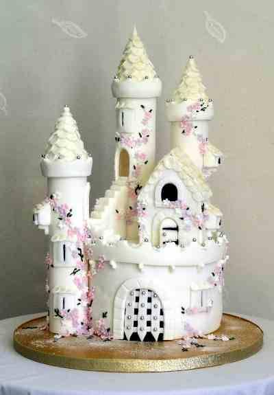 224692-cakes-castle-cake