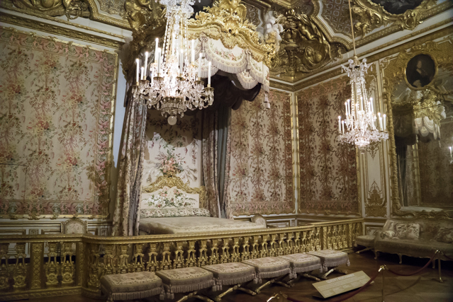 Versailles intime la vie quotidienne autour de louis xiv for Chambre louis xiv
