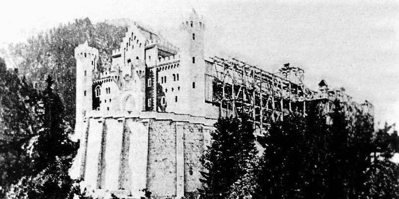 Assez La modernité des Chateaux de Louis II de Bavière JV73