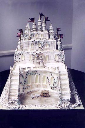 castle-wedding-cake-pictures-12