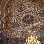 au Château de Fontainebleau on lève la tête !